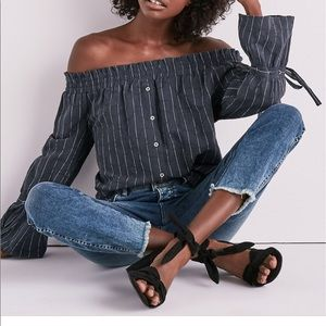 Lucky Brand Gray  Off Shoulder Bell Sleeve Top